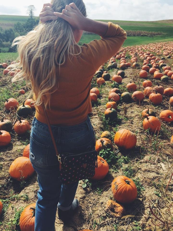 Pumpkin Patch Saturday #ootd🌻🍂🎃