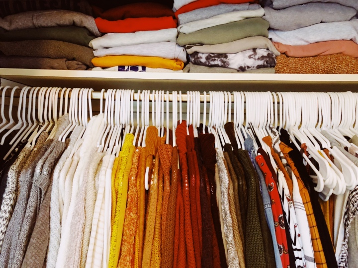 Fall (Small) Closet Organization Tips| LexRayn 🍂🌼🍃