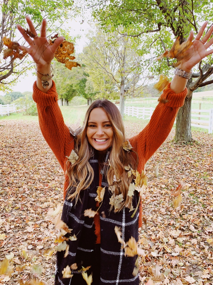 The Best Orange Sweater | LEXTOBER #8🎃🍂
